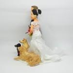 Noivos com cachorros
